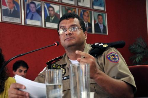 O major Nilzo Figueiredo defendeu o Proerd, que conta com 1500 policiais voluntários no Estado