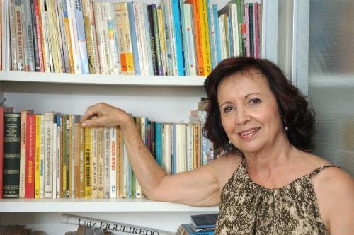 Para a professora Dóris Costa, a inclusão é o caminho, mas isso não deve implicar a extinção das Apaes