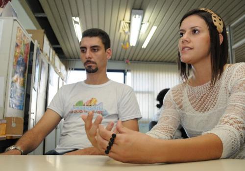 Frederico Elpídio e Bárbara Coelho Ferreira integram equipes de consultórios de rua da Capital