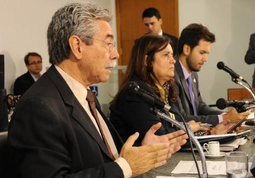 O deputado Adelmo Carneiro Leão mostrou-se contra a internação compulsória