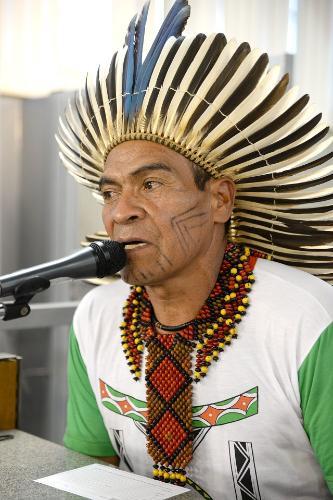 Cacique Baiara relatou que posseiros ateiam fogo na área, destruindo a natureza