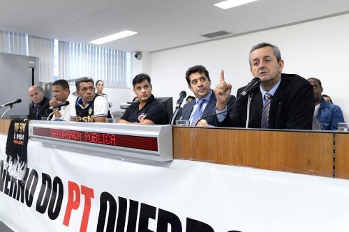Deputados protestaram contra o que chamaram de rombo financeiro no IPSM