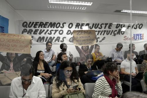 Na galeria, trabalhadores de diversas categorias se manifestaram