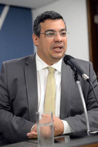 Wederson Siqueira propôs que prazos sejam menos rígidos